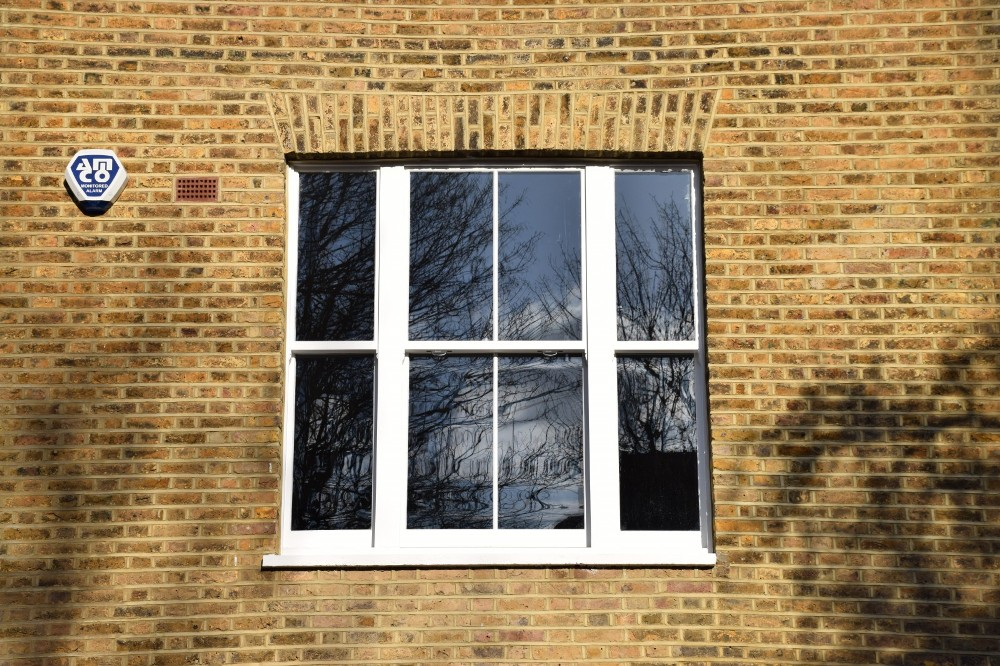 new sash windows repair a sash london23 repair a sash. Black Bedroom Furniture Sets. Home Design Ideas