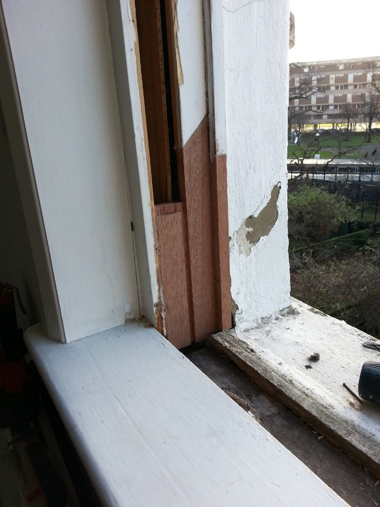 sash window repair renovation draught proofing london 3 repair a sash. Black Bedroom Furniture Sets. Home Design Ideas