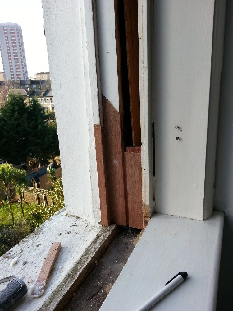 sash window repair renovation draught proofing london 4 repair a sash. Black Bedroom Furniture Sets. Home Design Ideas