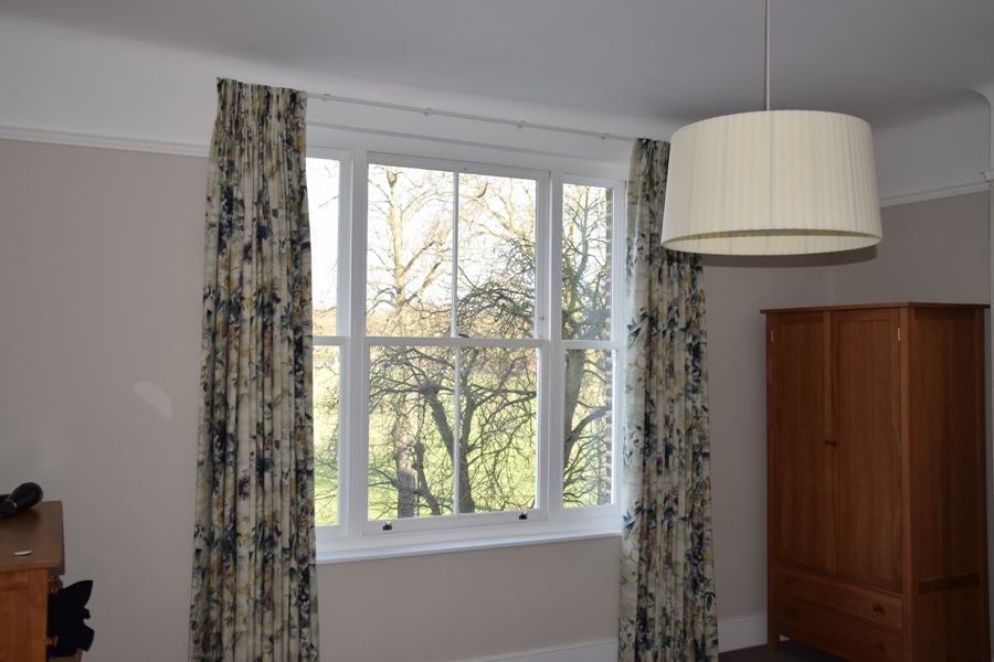 new sash windows repair a sash london24 repair a sash. Black Bedroom Furniture Sets. Home Design Ideas